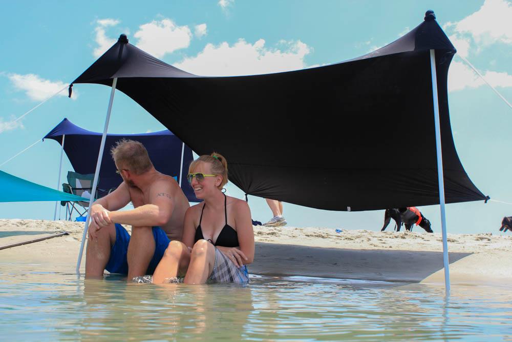 Medium Black Otentik Sunshade